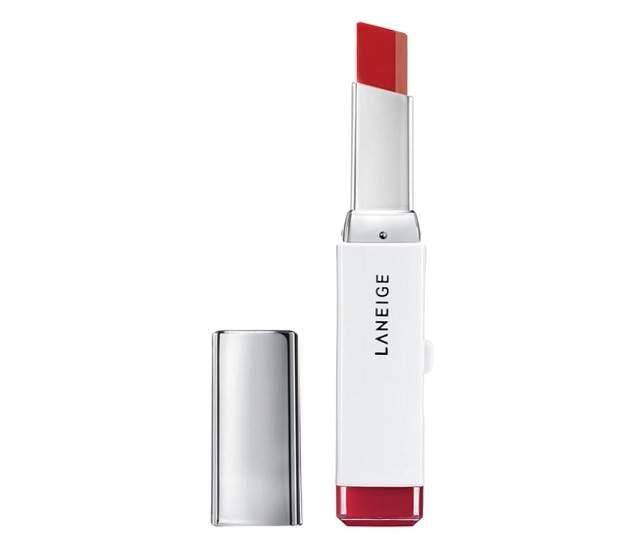 Rekomendasi Skin Care & Makeup Laneige yang Wajib Kamu Miliki Laneige Two Tone Lip Bar